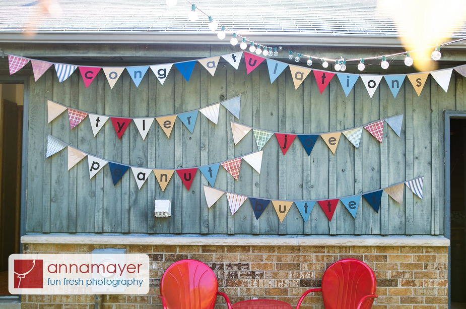 Make an easy paper pennant banner - Borealis